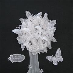 # 156 L'arbre aux papillons par Louisette Venne